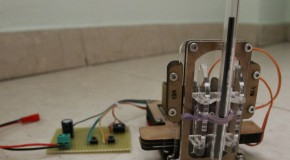 Piccolo, a tiny CNC bot